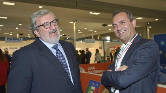De Magistris-Emiliano, strade diverse ma obiettivo comune: l'alternativa a Renzi