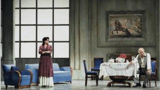 """Mariangela D'Abbraccio è """"Filumena"""" al Diana: """"Pino Daniele mi disse di cercare De Filippo..."""""""
