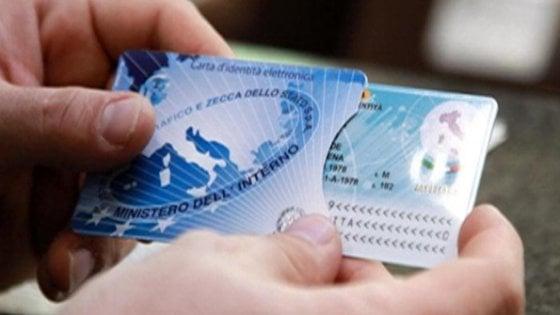 Napoli, è possibile richiedere la carta d'identità elettronica in tutte le 10 municipalità della città