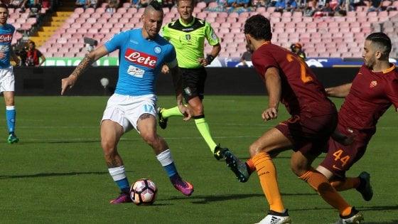 Il Napoli in diretta con Replive, una giornata con gli azzurri con vista Champions