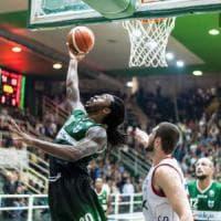 Basket, la stella di Ragland brilla anche in Serbia: Avellino batte Mega