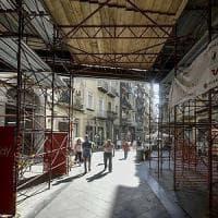 Degrado e crisi economica, il lento declino di via Chiaia