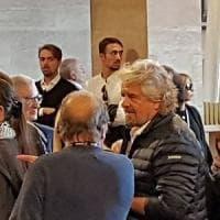 Anche Beppe Grillo ai funerali di Gaetano Altieri