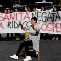 Quanta demagogia sulla chiusura dell'ospedale San Gennaro a Napoli