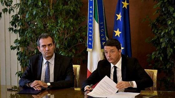 """Si firma il patto, Renzi in città: """"Napoli è più importante di tutto"""""""