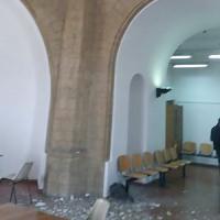 Napoli, caserma Garibaldi:  crolla intonaco paura in aula, ma nessun ferito