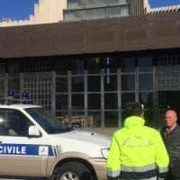 Terremoto, la Protezione civile in giro per Napoli tranquillizza cittadini e turisti