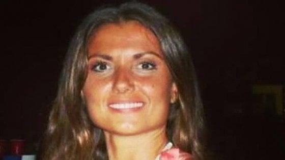 """Carla, bruciata dall'ex  scrive a Mattarella:  """"È omicidio d'identità, subito una legge"""""""