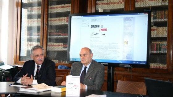 """Dialoghi sulle Mafie a Napoli: proiezione di """"Camorriste"""" e presentazione dell'Atlante delle Mafie"""
