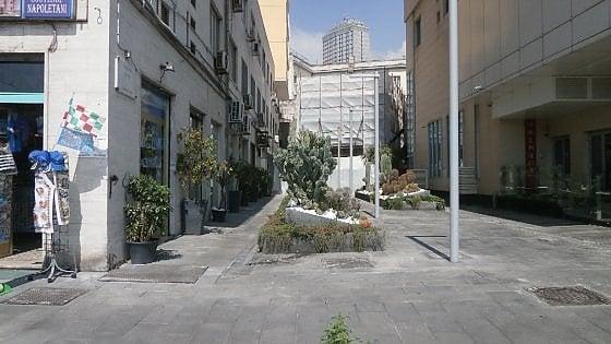Strada riqualificata abusivamente esposto in procura for Albergo romeo napoli