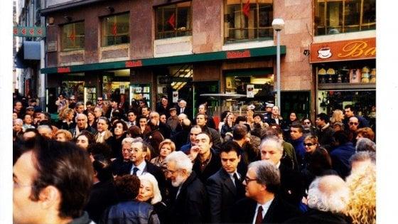 Festa per i trent'anni della libreria Feltrinelli in via San Tommaso d'Aquino