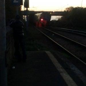 Deraglia treno della Cumana a Monteruscello