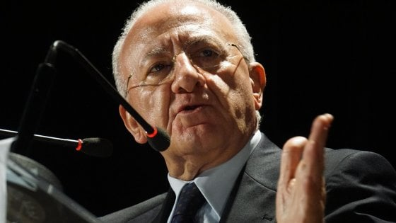 De Luca,Antimafia chiede carte a Procura