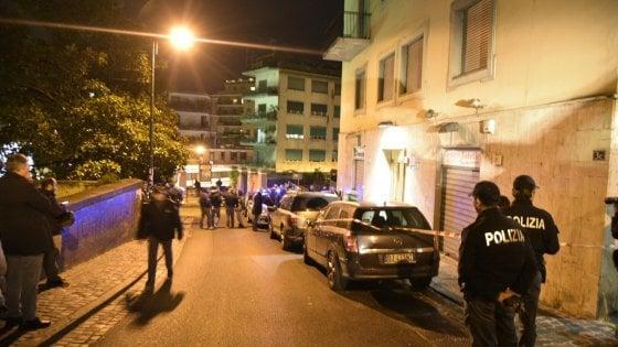Napoli, ingegnere ucciso con una coltellata alla gola