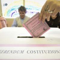 Referendum, alle 19  a Napoli ha votato il 45,89%. La media della Campania è del 46.4%