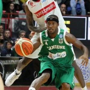 Basket, Tutto facile per la Sidigas versione europea. Contro il Cibona è 75 – 57