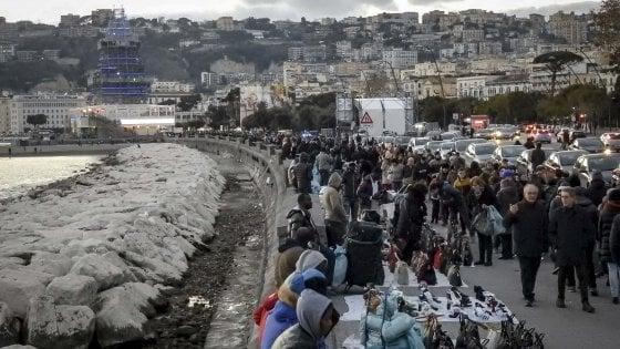 Capodanno 2017 a Napoli, città blindata. 800 agenti e unità antiterrorismo