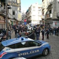 Napoli, paura in centro, agguato con 4 feriti