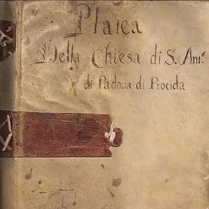 Trova in soffitta un manoscritto del Seicento e lo dona al Comune di Procida