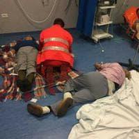 L'ospedale di Nola come un campo di prima emergenza: pazienti curati sul pavimento