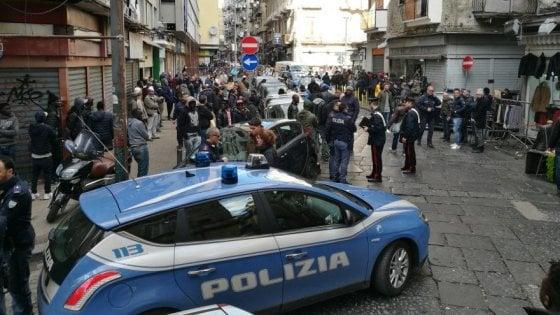 """Agguato a Napoli, ai Decumani: ferite due persone"""""""