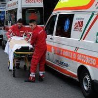 Napoli, scoppia bombola del gas: un morto e almeno due feriti