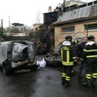 Napoli, scoppia una bombola del gas: un morto e cinque feriti, tre gravissimi