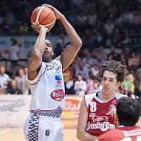 Basket, Juvecaserta più forte delle avversità. Reggio Emilia sconfitta