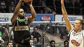 Le distrazioni costano caro alla Sidigas Avellino, Torino vince 84 – 79