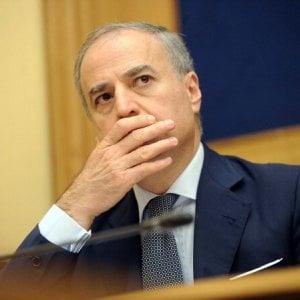 Gip archivia le accuse a Carlo Sarro, prosciolto l'ex sindaco di Caserta Pio Del Gaudio