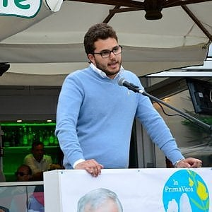 """Shoah, il vicesindaco di Capri: """"Non la ricordi chi non vuole i migranti"""""""