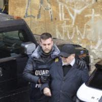 L'arresto della coppia di San Giorgio a Cremano indagata per traffico d'armi