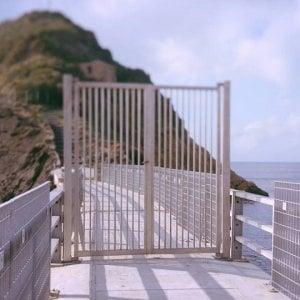 """Vivara: completato il parapetto sul ponte: """"Sarà sempre aperto ai visitatori e presto riapriremo anche l'isola"""""""