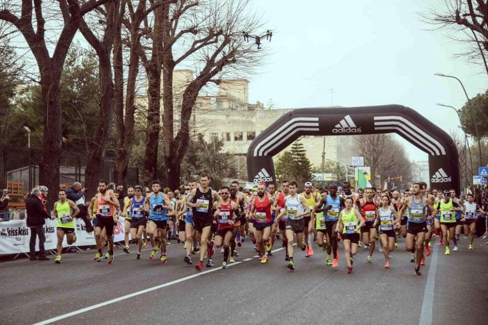 Partecipazione record per Napoli City Half Marathon, 4500 in strada