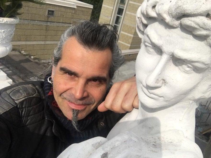 Piero Pelù a Napoli, il selfie con il sindaco