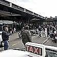 """Sciopero taxi, """"crumiro"""" inseguito dai colleghi  insulti e spintoni"""