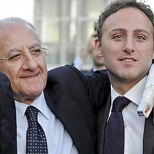 Il governatore De Luca e il patto per portare il figlio a Montecitorio