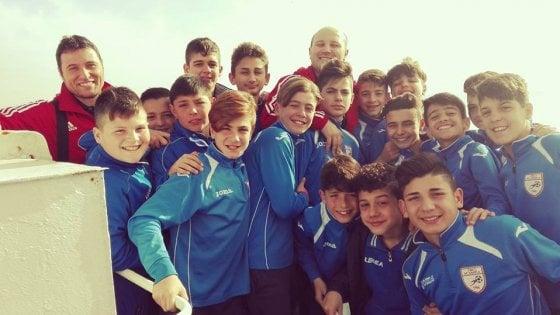 Quei ragazzini dell'Arci Scampia che battono il Napoli senza paura