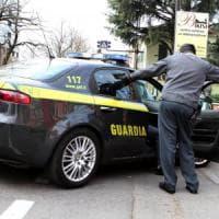 L'inosospettabile narcos, arrestato medico a Castellammare con droga per un milione di...