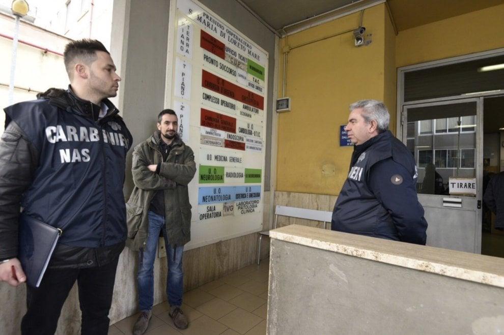 Blitz antiassenteismo al Loreto Mare, arrivano i carabinieri
