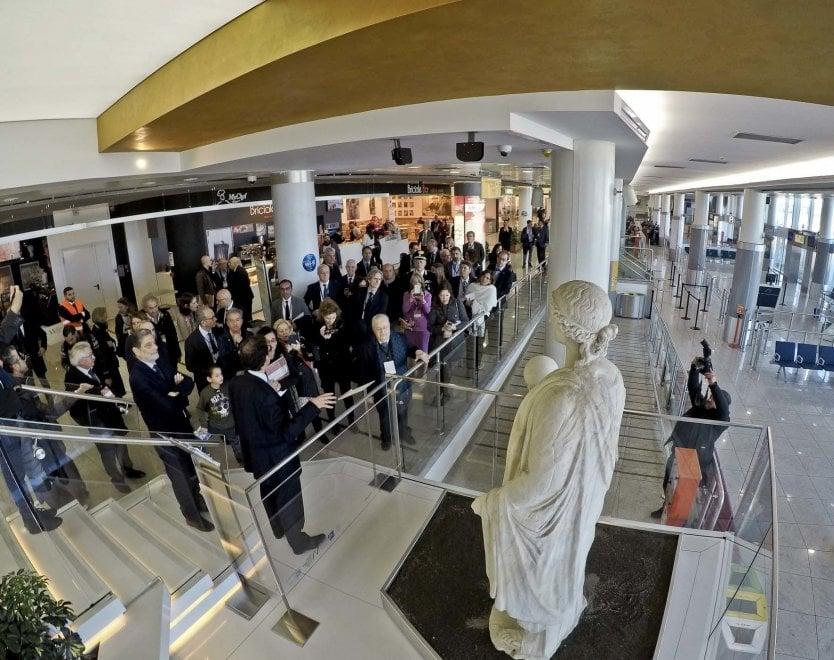Risultati immagini per opere del museo nazionale all'aeroporto capodichino