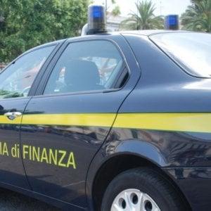 Camorra, appalti truccati: arrestati politici, docenti universitari e imprenditori a Napoli