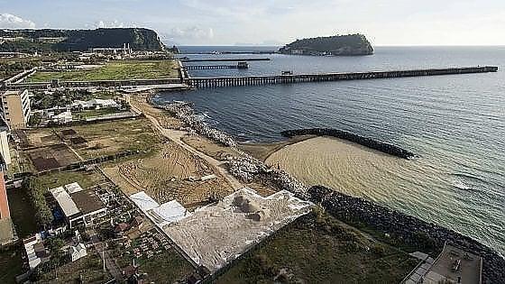 bagnoli parte la bonifica del mare con la stazione dohrn