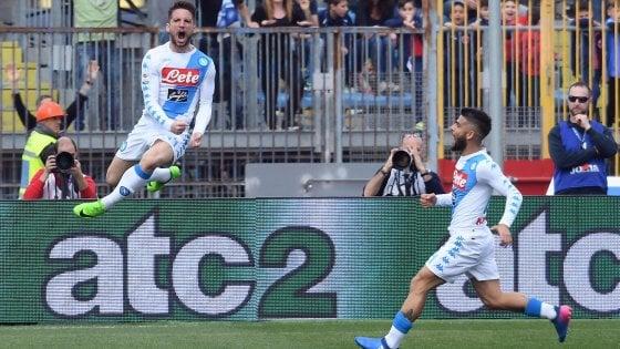 """Napoli, che strano, decidono i """"senza contratto"""""""