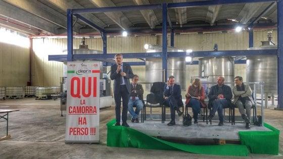 """Inaugurata la nuova Cleprin, la fabbrica distrutta da un incendio: """"Qui il lavoro ha vinto"""""""