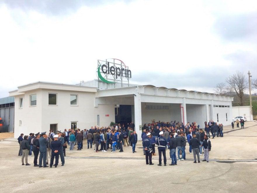 """La nuova Cleprin inaugurata a Carinola: """"Qui il lavoro ha vinto"""""""