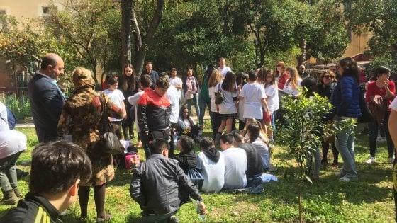 Il giardino degli Scalzi, un'oasi verde per i bimbi nel cuore di  Materdei