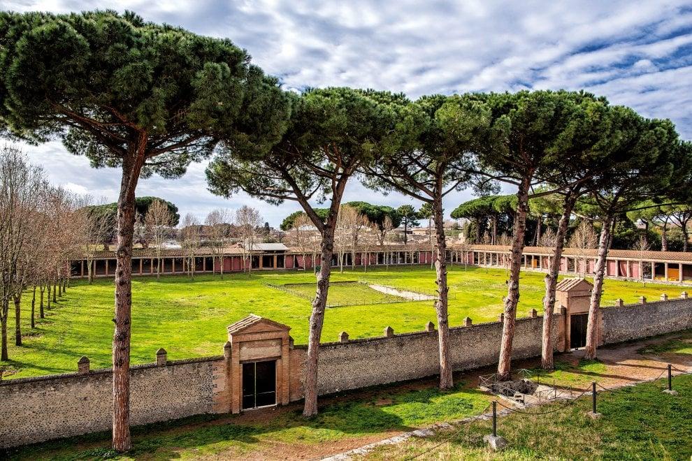 Risultati immagini per pompei e i greci