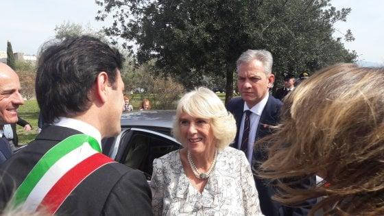 Camilla a Napoli, in un bene confiscato