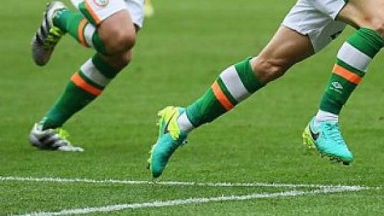 False pratiche per cittadinanza a calciatori: due arrestati